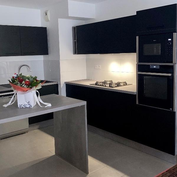Conception de cuisine à domicile à Marseille 13009 avec EDI CUISINE SUR MESURE